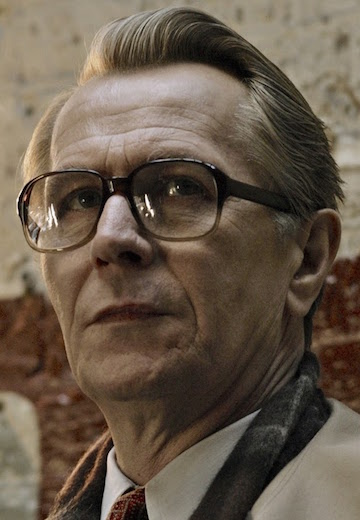 Tinker-Tailor-Soldier-Spy-Gary-Oldman-as-George-Smiley-glasses
