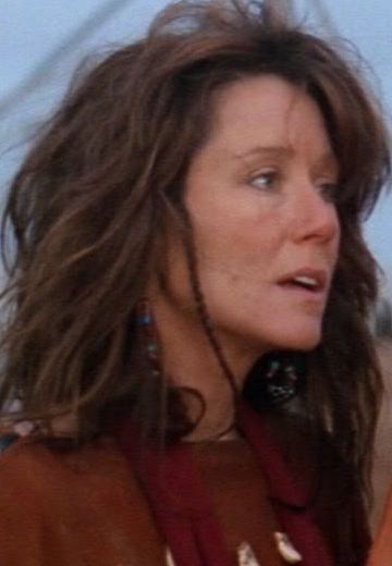 mary-mcdonnell-dances-with-wolves