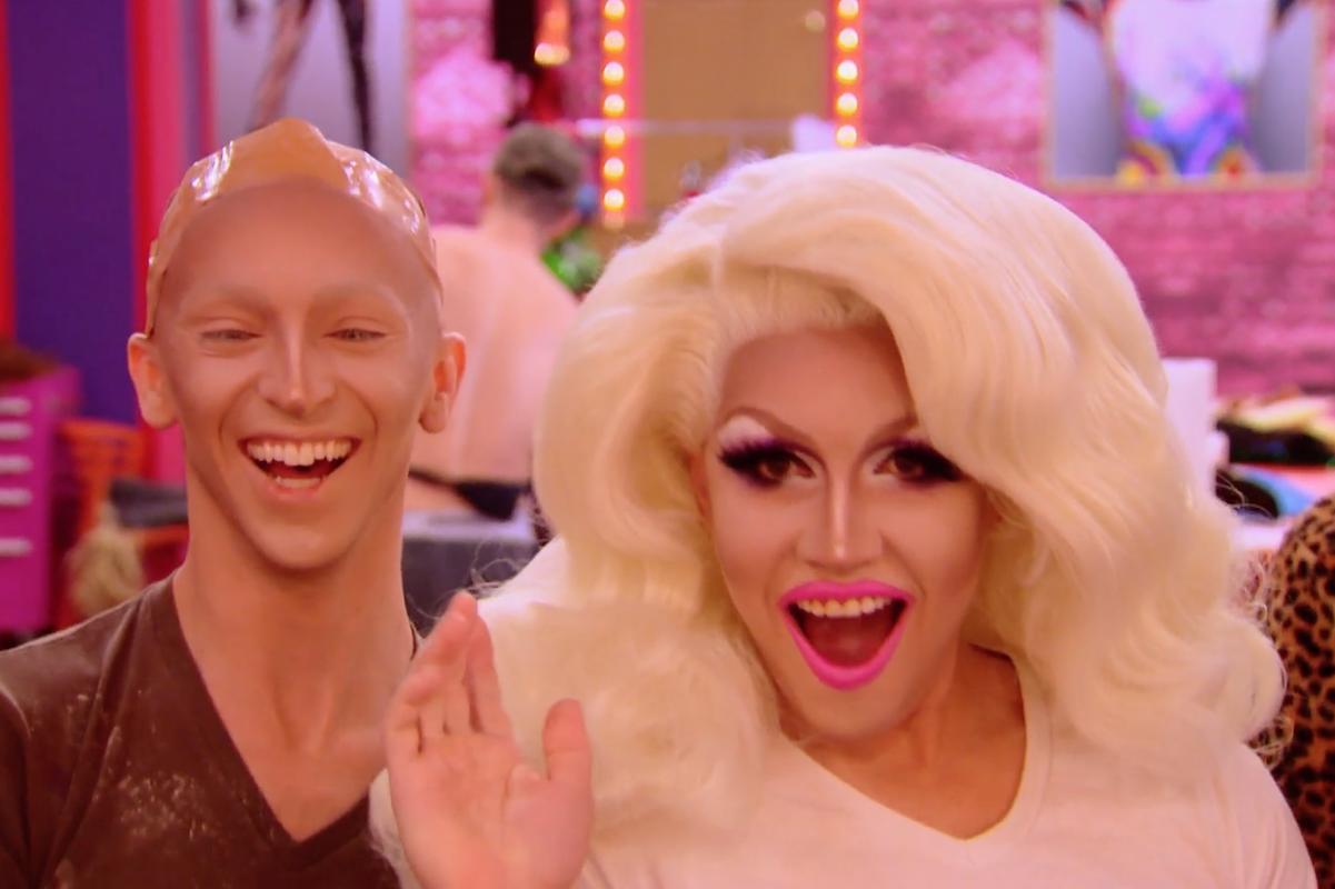 Keyfî Drag Race Tekrarı: İki Bölüm Birden